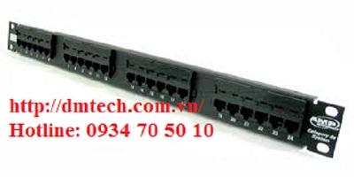 Patch Panel 24 port AMP (1)